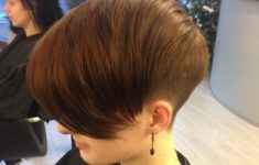 50 Most Favorite Short Wedge Haircuts For Women Over 40 20-wedge-hairstyle-ideas-you-must-try-235x150