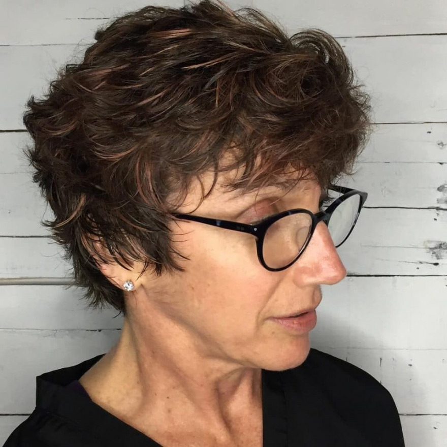 Full on Top Pixie 1 32-absolutely-perfect-short-hairstyles-for-older-women-pixie