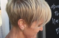 50 Gorgeous Wedge Haircuts for Women over 60 5-blonde-layered-pixie-with-ash-blonde-highlights-235x150