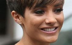 50 Best Pixie Haircuts For Women Over 40 843487238cba72e183d96b7fea4af54d-235x150