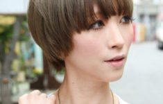 50 Gorgeous Wedge Haircuts for Women over 60 That You Can't Miss 93d786498b54f3568419ec2fd32980a7-235x150