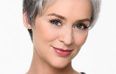 10 Prettiest Pixie Haircuts for Women over 60 985211fe384df528b2f8e06da929ef9f-235x150