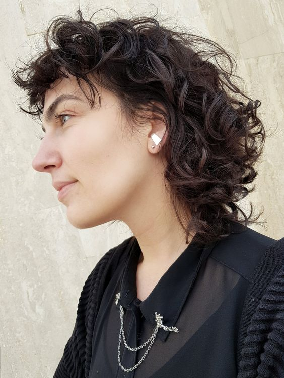 90 Gorgeous Short Curly Hairstyles for Women Over 50 (Updated 2021) Shaggy-mullet