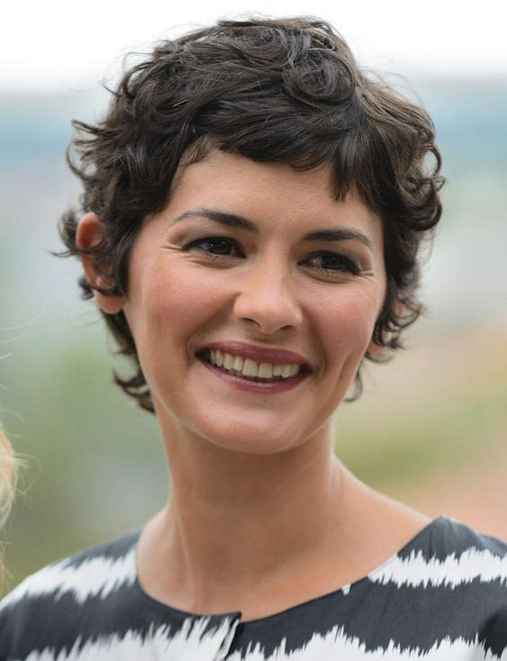 90 Gorgeous Short Curly Hairstyles for Women Over 50 (Updated 2021) Shaggy-pixie-cut