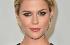 50 Most Favorite Short Wedge Haircuts For Women Over 40 Short-Slicked-Back-Hairstyle-235x150