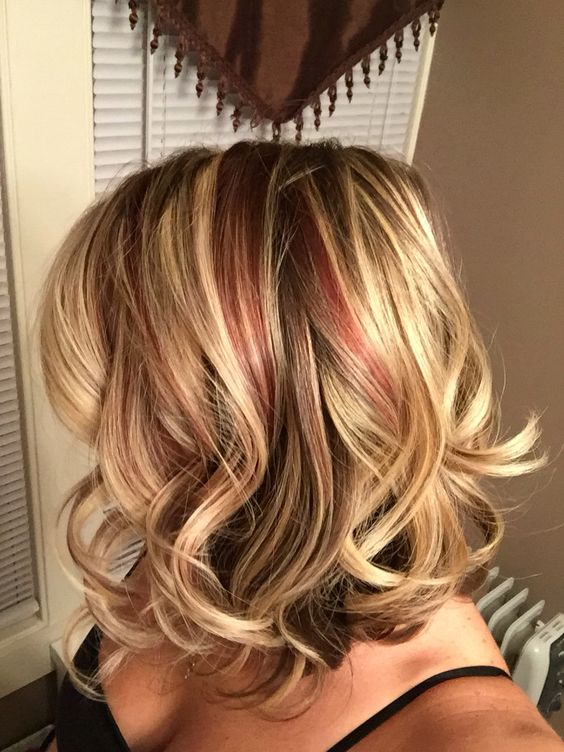 Blonde Stacked Do with Ringlets 4