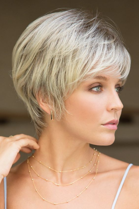40 Short Layered Haircuts for Older Women that Help Make You Look One Decade Younger ae2ba97fc92dd12dc64fa9cc13649ecb