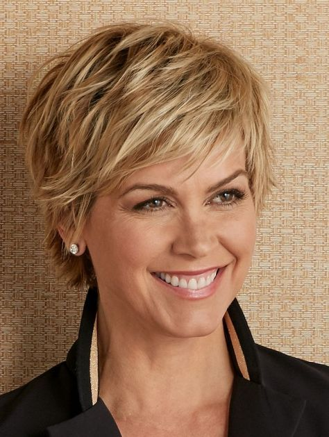 Soft and Feathery Short Bangs 5 b7d55e75a262a024f1fe38ed7d7be8df