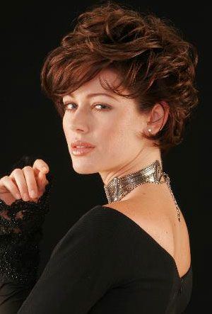 50 Beautiful Short Wedge Haircuts For Over 40 Women (Updated 2021) d6c44b138e050bc35be8ebab60904126-wedge-bob-haircuts-wedge-hairstyles