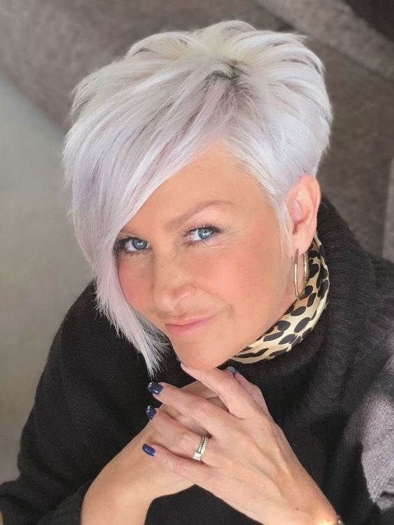 30 Inspiring Pixie Haircuts for Women Over 60 Years Old (Updated 2021) Asymmetrical-pixie-haircut