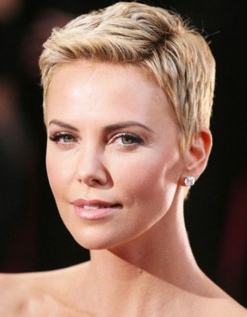 30 Inspiring Pixie Haircuts for Women Over 60 Years Old (Updated 2021) Charlize-theron-pixie-haircut
