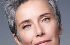 30 Inspiring Pixie Haircuts for Women Over 60 Years Old (Updated 2021)
