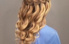 72 Most Beautiful Bridesmaid Hairstyles Ideas 1bd4118d98878b399ad047dcf189b960-235x150