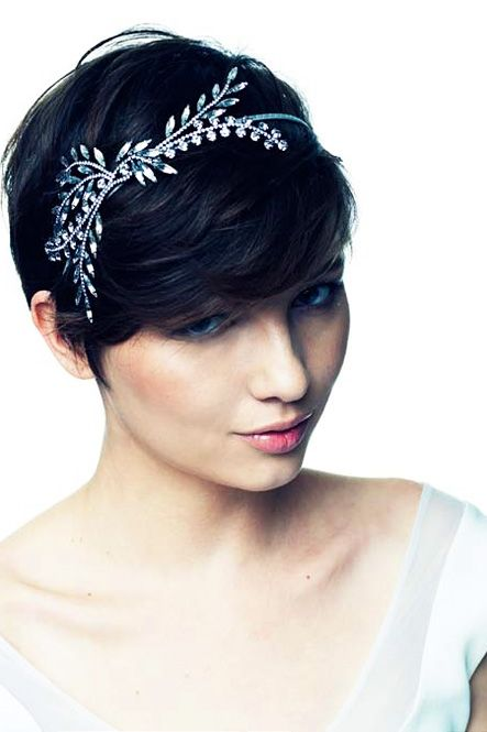 9 Most Beautiful Wedding Hairstyles for Short Hair 2fc86c6b8533020037042a180480359f