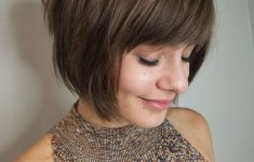 19 Trendy Short Brown Hairstyles that You Need to Check 51ae5e21e4c00d8d1e82dee30425462a-235x150