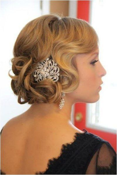 9 Most Beautiful Wedding Hairstyles for Short Hair 5d9e1b4cafe7a5f67c844ba342a0ca39
