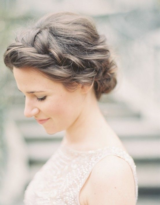 9 Most Beautiful Wedding Hairstyles for Short Hair 6fd5ea30229a1c7fc49264496db159c2