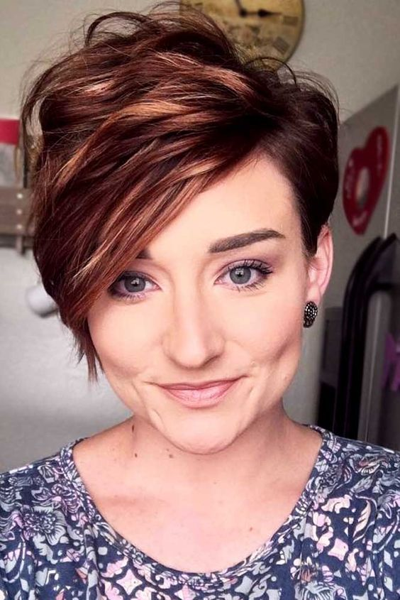 Short Wavy Brown Pixie Haircut Short Hairstyles 2020