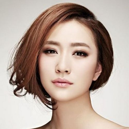 72 Cute and Chic Asian Hairstyles for Women Asymmetrical-Bob-Asian-hairstyles-for-women-1