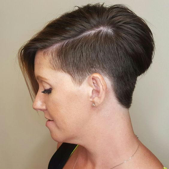 Blue Steel Disconnected Pixie for Seniors with Thin Hair That Give Youthful Look 3