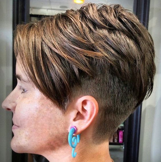 Blue Steel Disconnected Pixie for Seniors with Thin Hair That Give Youthful Look 4