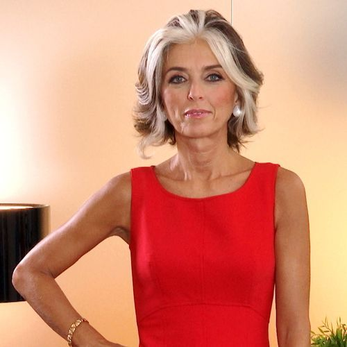 20 Charming Short Brown Hairstyles for Women Over 60 (Updated 2021) Brown-haircut-with-silver-streaks
