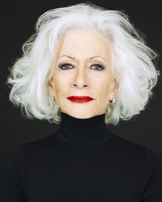 Hairstyles with Volumes for Seniors with Thin Hair That Give Youthful Look 4