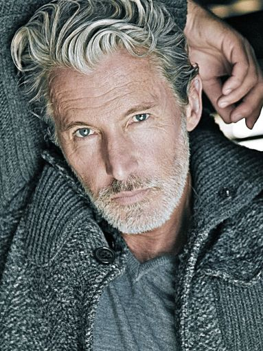 11 Mens Hairstyles over 50 Years Old Loose-Wavy-Shag-mens-hairstyles-over-50-years-old-4