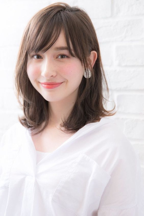 Medium Length With Bangs Asian hairstyles for women 5 ...