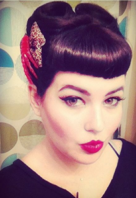 Rockabilly Bangs easy updos for short hair to do yourself 6