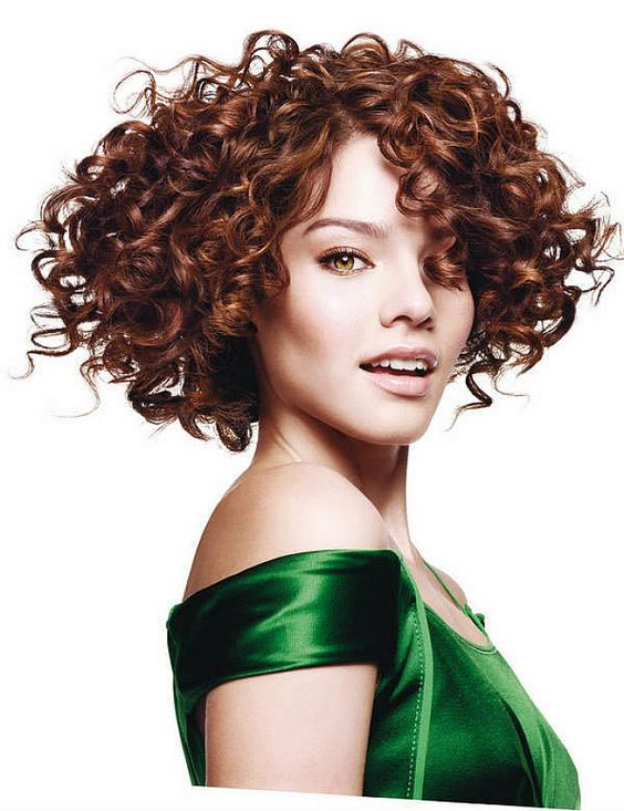 60 Easiest Short Curly Hairstyles Ideas that Look Awesome Short-Curly-with-Side-Swept-Bangs-Easiest-Short-Curly-Hairstyles-Ideas-1