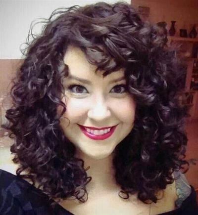 Shoulder Length Curly Hairstyle with Bangs Easiest Short Curly Hairstyles Ideas 3