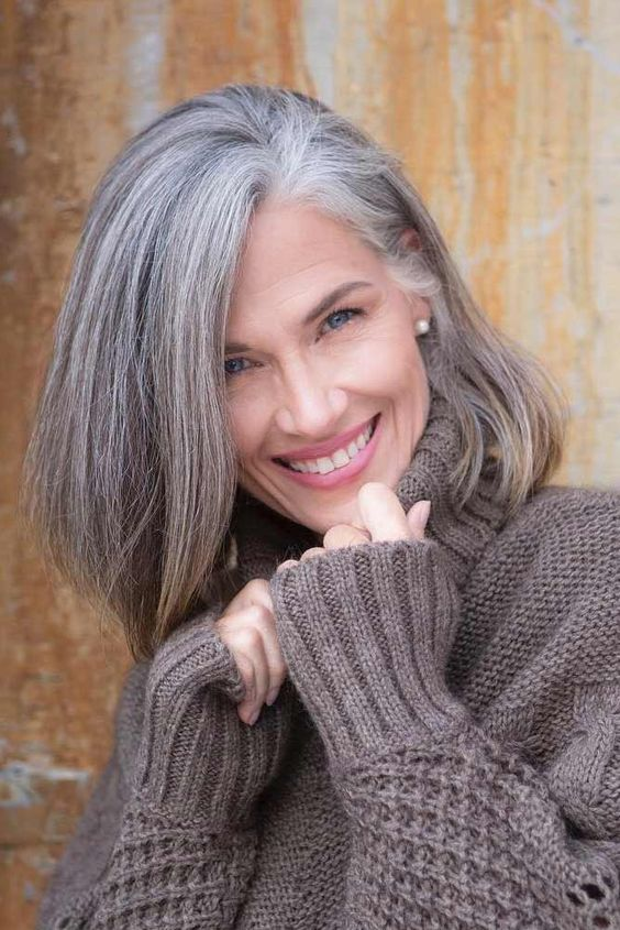 Hairstyles for Seniors with Thin Hair That Give Youthful Look Shoulder-Length-for-Seniors-with-Thin-Hair-That-Give-Youthful-Look-1