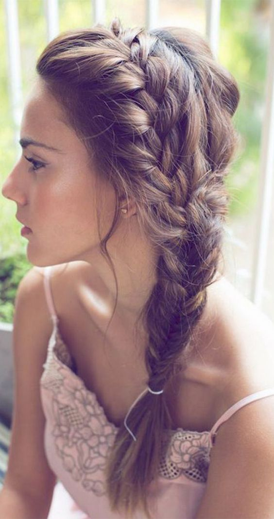 Simple Side Swept Braids Most Inspiring Braids Hairstyle for Women 4