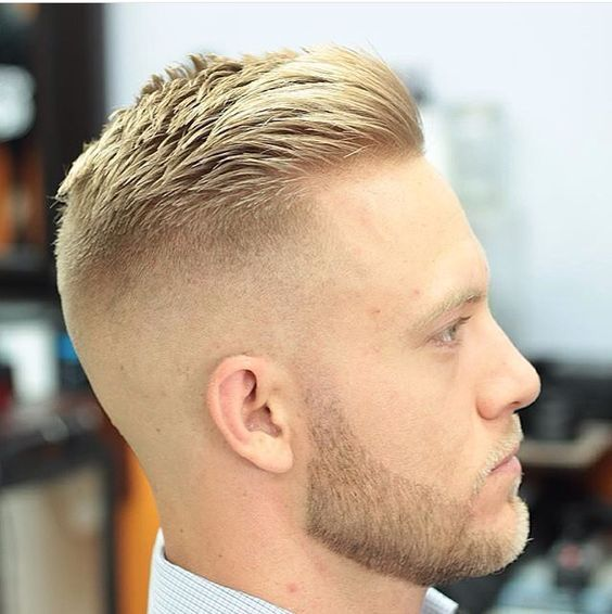 10 Ideal Haircuts for Men with Thin Hair Skin-Fade-haircuts-for-men-with-thin-hair-7