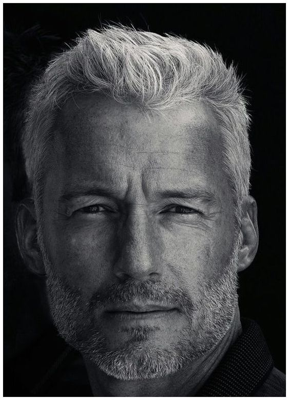 11 Mens Hairstyles over 50 Years Old Textured-Layers-mens-hairstyles-over-50-years-old-1