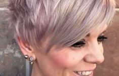 72 Best Short Hairstyles for Fine Hair over 50 Years Old cfbf3538e7bdfa617754c1e2f1c70f77-235x150