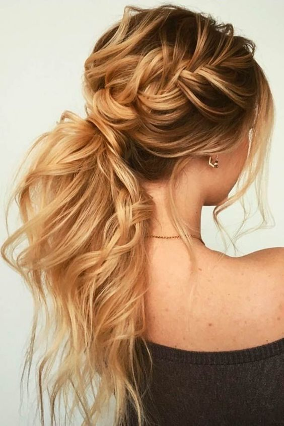 Textured Ponytail Hairstyles for Bridesmaid 6