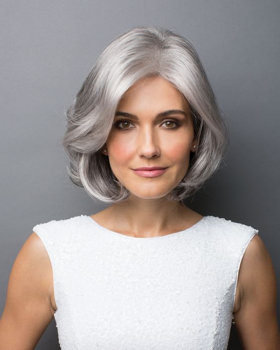 Hairstyle Tips for Women Over 50 to Go with the Short Length to Style on Their Hair