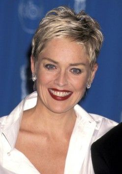 15 Casual Short Hairstyles for Women Over 50 (Updated 2021) Choppy-pixie-cut