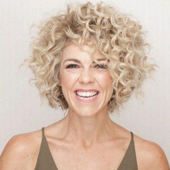 15 Casual Short Hairstyles for Women Over 50 (Updated 2021) Curly-a-line-hairstyle