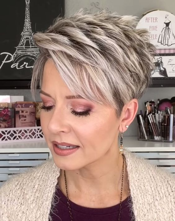 25 Short Haircut Styles that Make You Look Way Younger (Updated 2021) Short-pixie-haircut-with-highlights