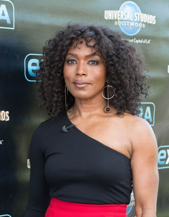 Angela Bassett Medium Curly Hairstyle