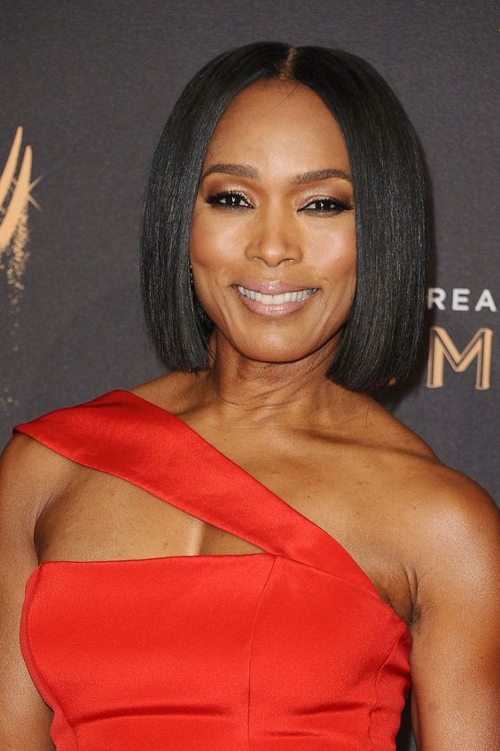 Angela Bassett Hairstyles As Inspiration to Consider for Women with Darker Skin Tone 6dd3343a6f988b216d71677a99724abc