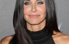 Courteney Cox Hairstyles to Style Your Hair and Beautify Yourself Like An Actress 7420da6b66285244c2b00cecd7f9c6eb-235x150