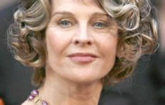 Hairstyles for Women Over 50 in 2019 for Inspiration Before Your Next Salon Visit d58d58748be1ebf7d37da4380ddde9c6-235x150