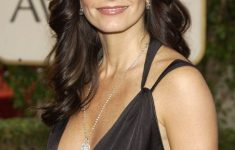 Courteney Cox Hairstyles to Style Your Hair and Beautify Yourself Like An Actress fd23e3f683c72b47f4964edc77f9c8c6-235x150