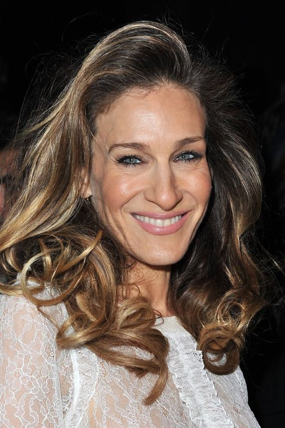 sarah jessica parker side swept hairstyles