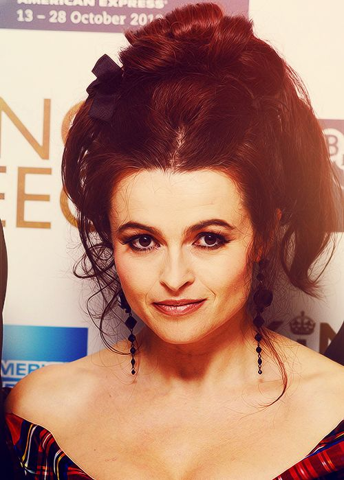 Helena Bonham Carter Hairstyle to Learn How You Can Appear Fabulously Sexy with One