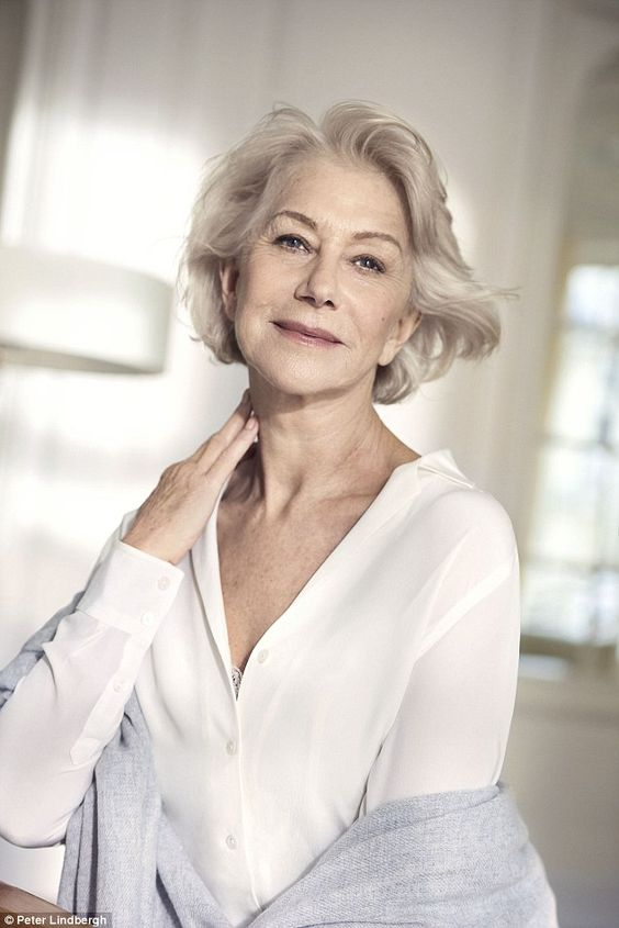 Helen Mirren Short Side Swept Wavy Hairdo